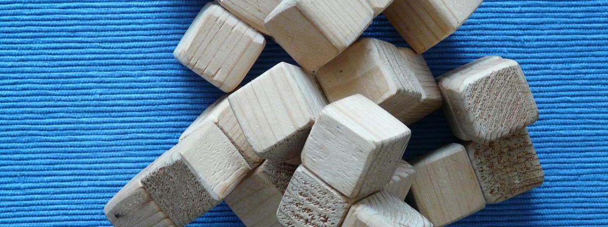 Holzbausteine Vergleich