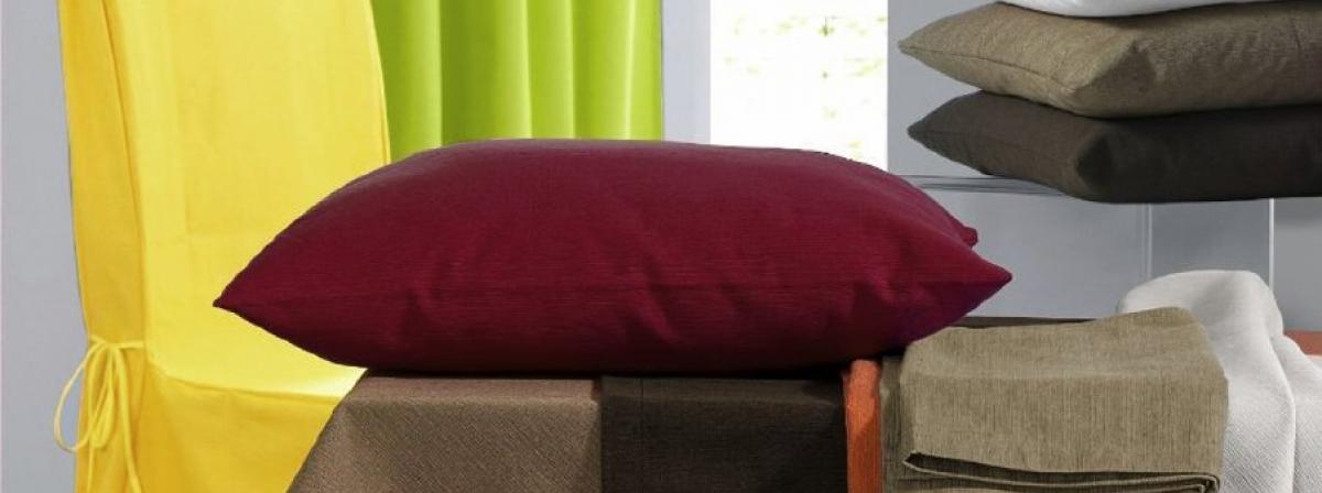 couchkissen test vergleich testberichte 2018. Black Bedroom Furniture Sets. Home Design Ideas