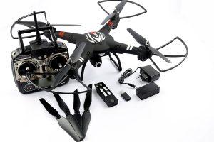 Großer RC Quadrocopter mit Kamera