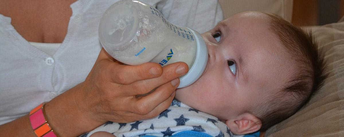 Extra weich - dehnbar und besonders flexibel, die Babyflaschen