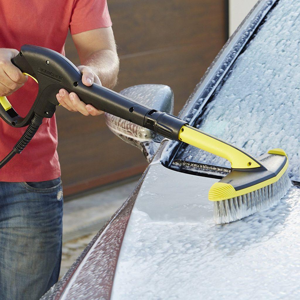 Kärcher Soft-Waschbürste - Weiche Flächenbürste zur Reinigung größerer Flächen wie z. B. Auto, Wohnwagen, Boot, Wintergarten oder Rollladen