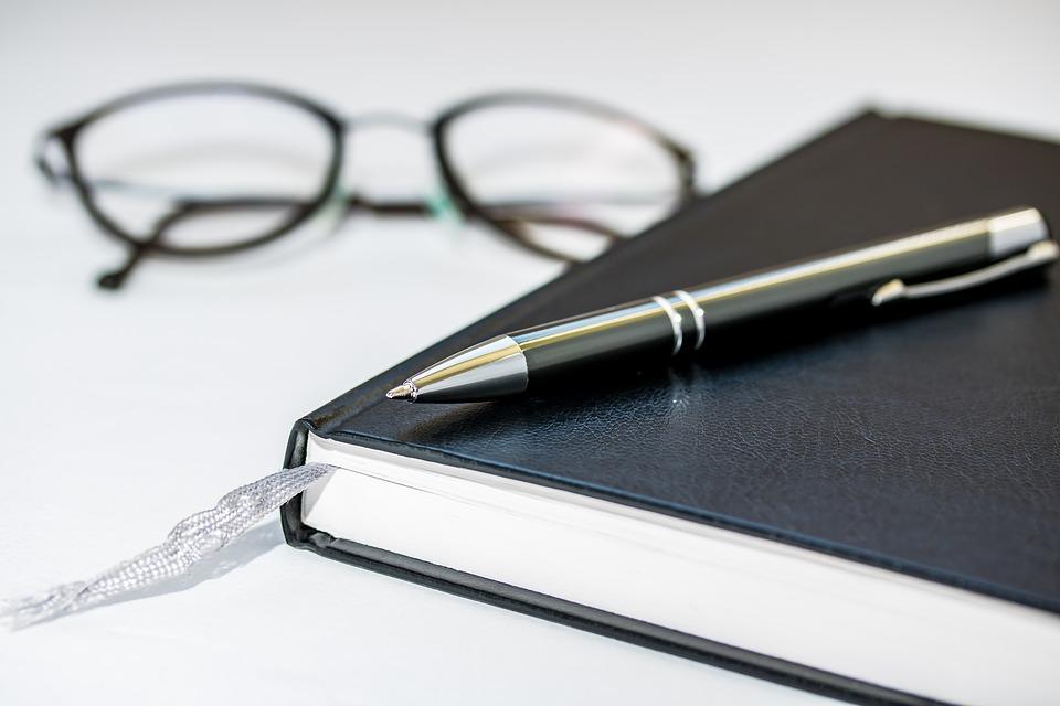 Kugelschreiber Tipp: Schauen sie sich die Testsieger bei Stiftung Warentest, Ökotest, ETM-Magazin & Co an.